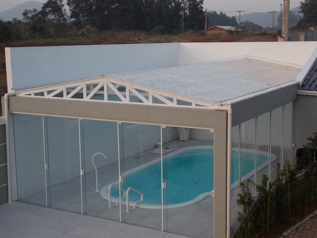 Coberturas em policarbonato para piscinas nunes moura for Coberturas para piscinas